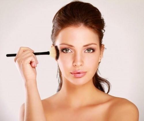 Выбираем основу для идеального макияжа