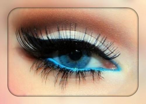 Синий макияж для серых и голубых глаз