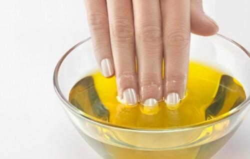 Укрепляем ногти Оливковым маслом